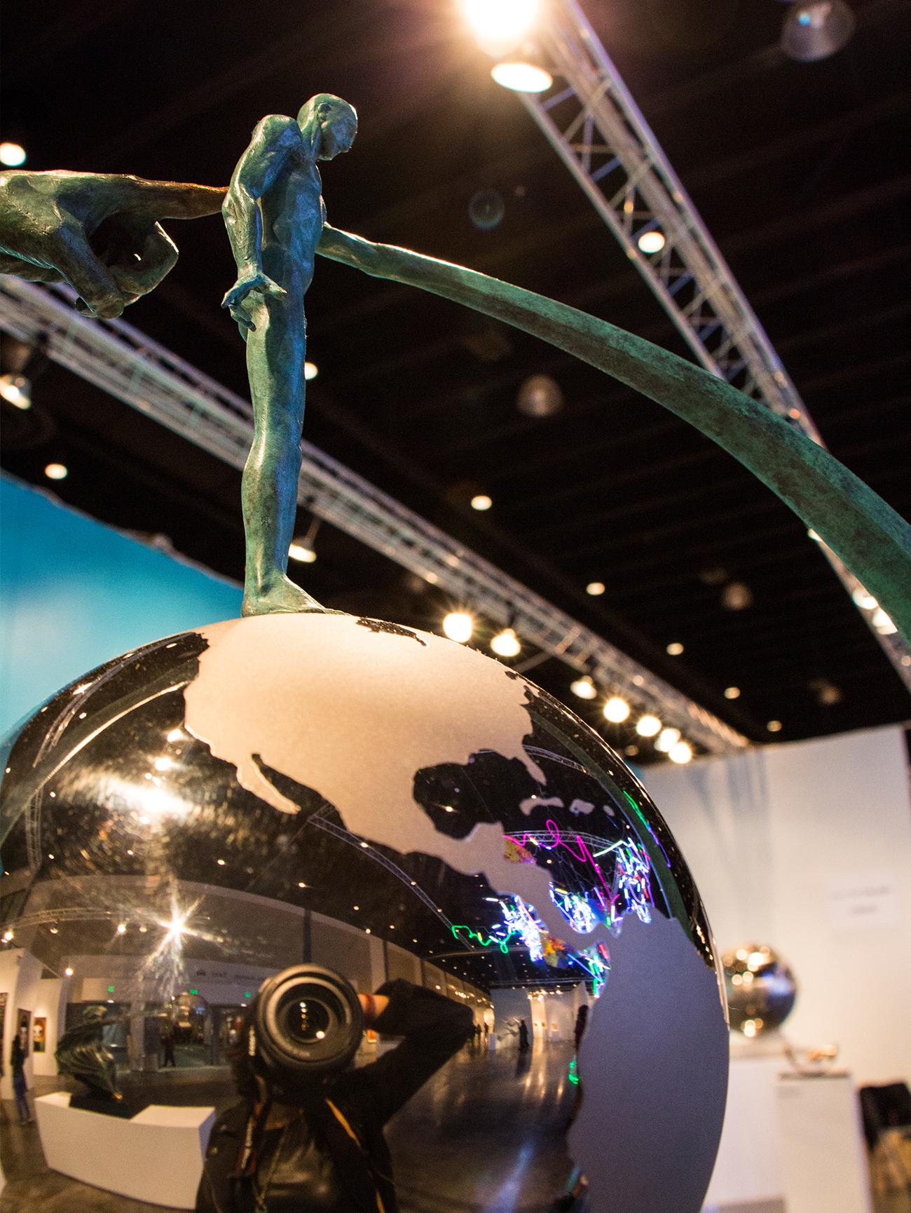 Art Palm Beach Lorenzo Quinn sculpture